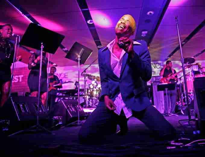R&B SINGER TEVIN CAMPBELL RESTARTING CAREER