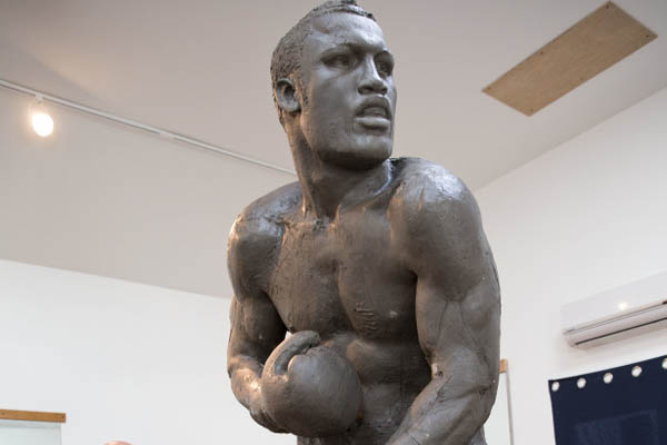9-foot Joe Frazier statue rising  in Philadelphia