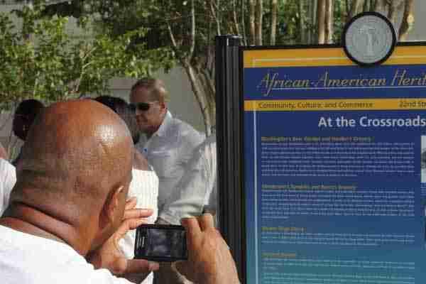 Heritage Trail – St. Petersburg honors black pioneersNEW