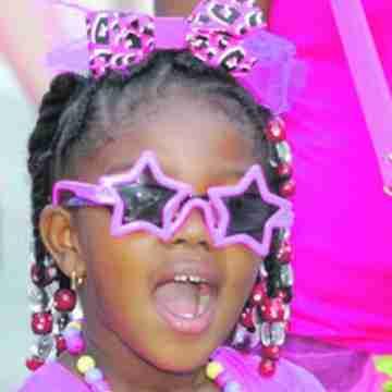 Broward residents make strides against breast cancer