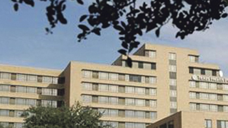 Officials confirm first Ebola case diagnosed in US