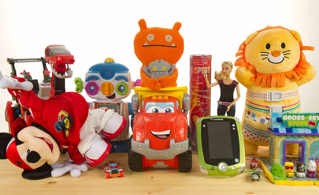 Brightstar-Credit-Union,-Family-Central-hold-toy-drive