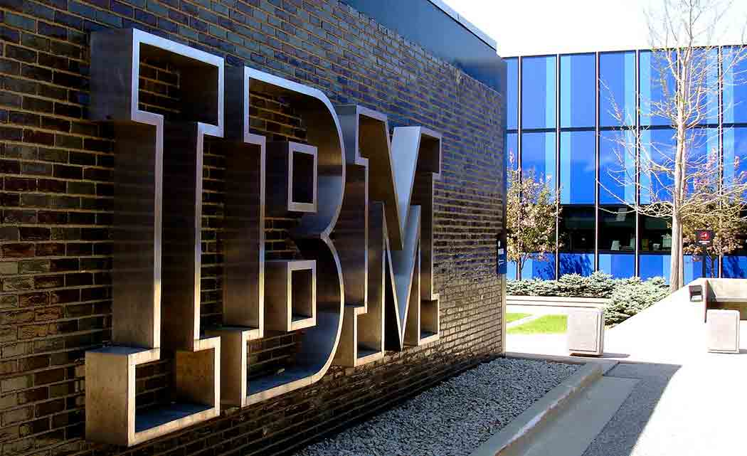 IBM-HELPS-YOU-DONATE-COMPUTER