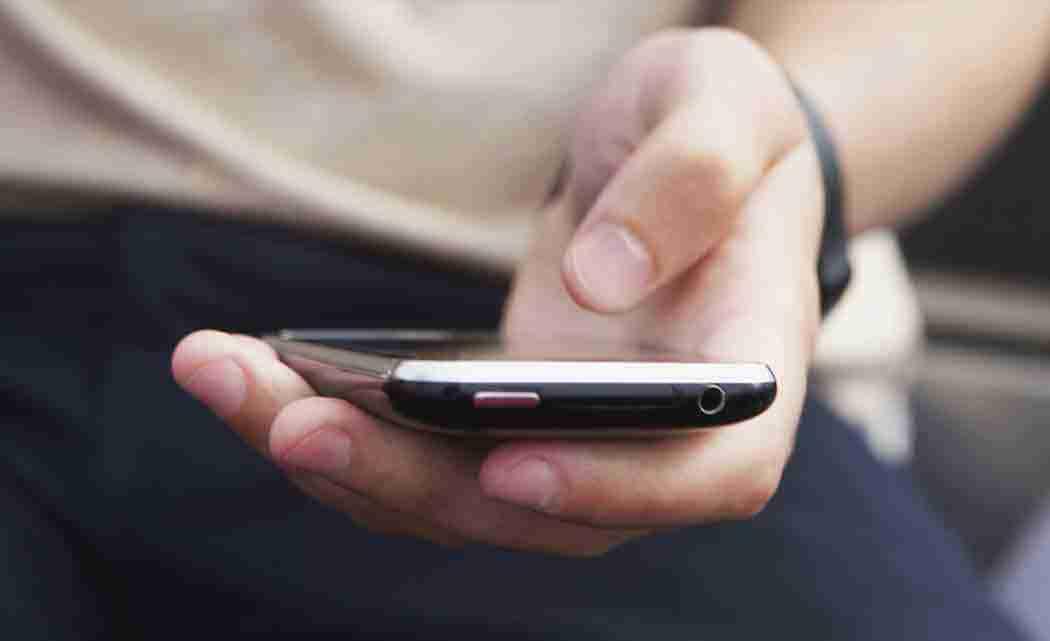 Prosecutor-warns-kids-against-sexting