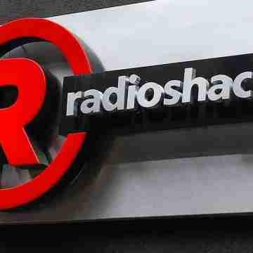 RADIOSHACK-CLASHES-AGAIN-WITH-LENDERS
