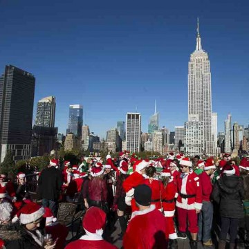 SANTACON-KICKS-OFF