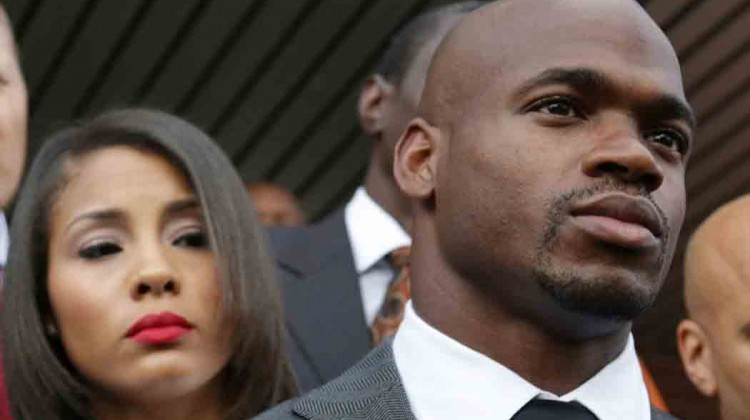 Union-takes-NFL-to-court-over-Adrian-Peterson