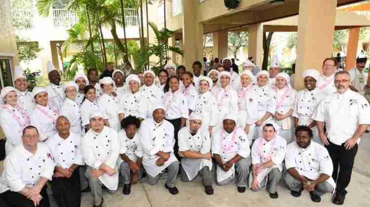 Waiters-raise-funds-for-homeless