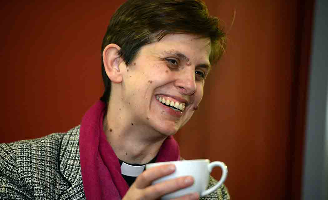 Church-of-England-consecrates-first-female-bishop