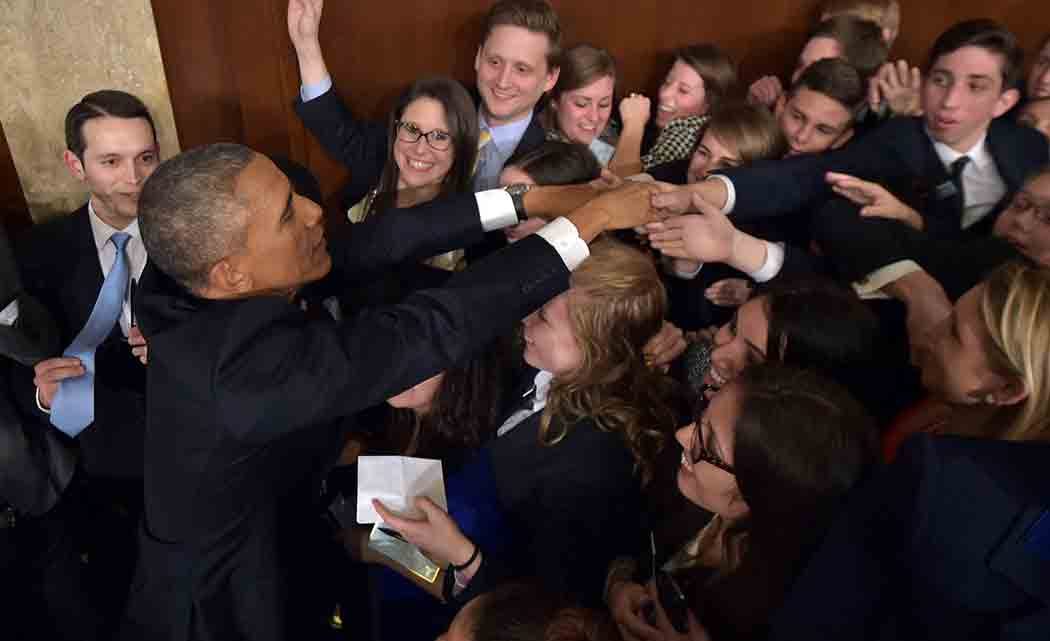 Obama-seizes-on-recovery-bets-on-staying-power