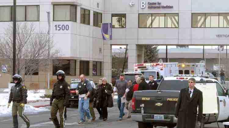 Police-Doctor-shot-inside-hospital-gunman-killed-himself