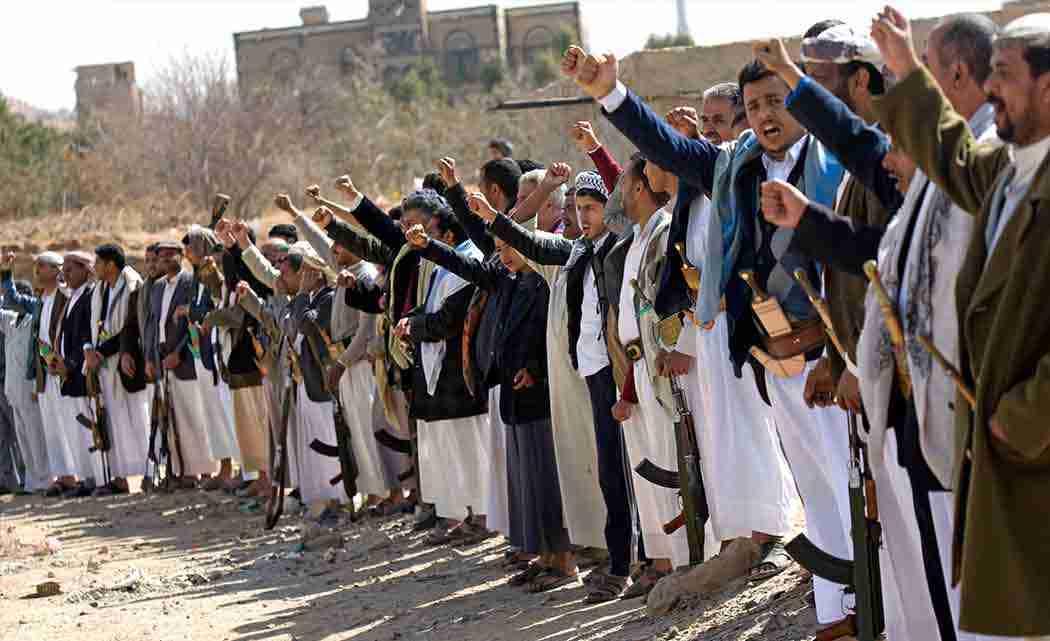 Shiite-rebels-shell-Yemen-presidents-home-take-over-palace