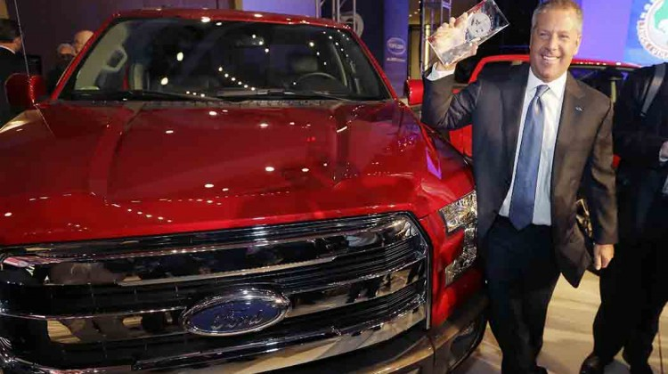 Volkswagen-Ford-take-top-awards-at-the-Detroit-auto-show