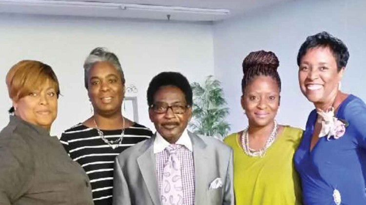 Beloved-pastor-retires-from-historic-church