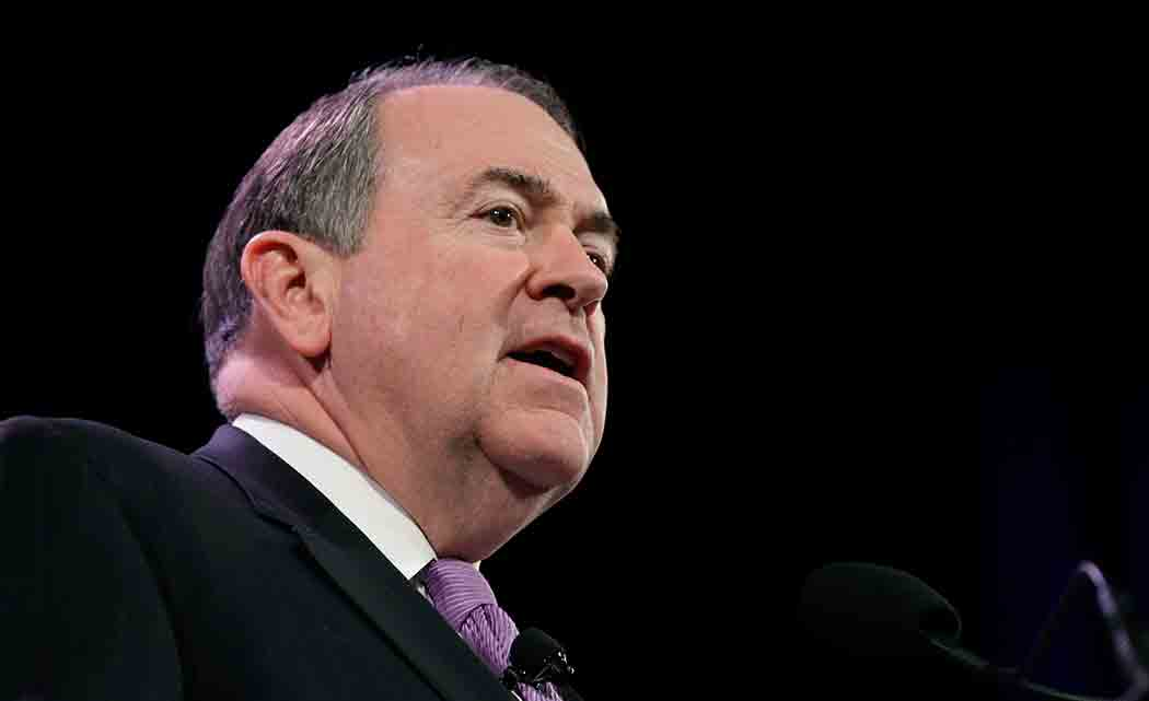 Huckabee-compares-being-gay-to-using-alcohol,-profanity