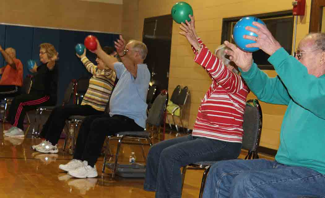 Illinois-YMCA-pilots-new-cardio-class-for-seniors