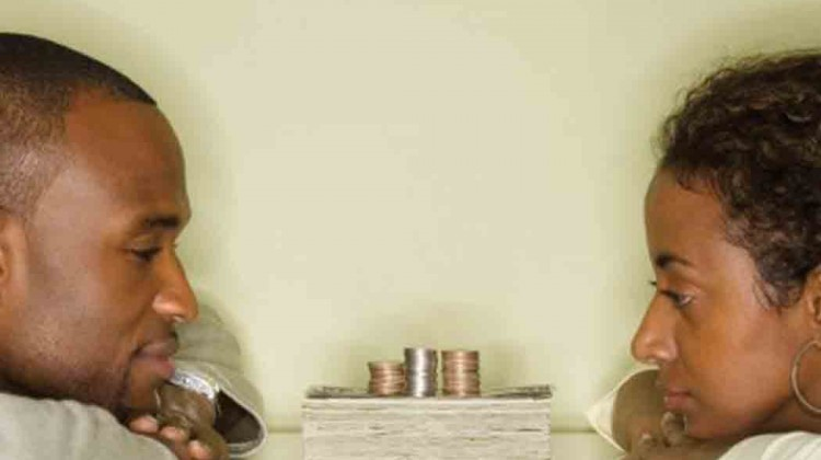 _Merging-money--Couples-living--together-need-a--financial-plan-