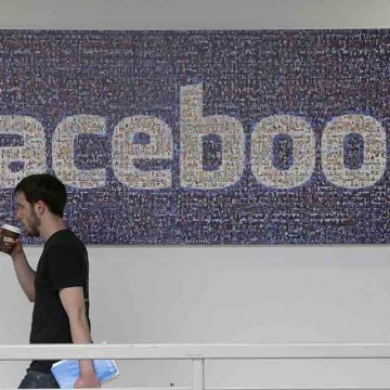 Now-someone-can-manage-your-Facebook-account-after-you-die