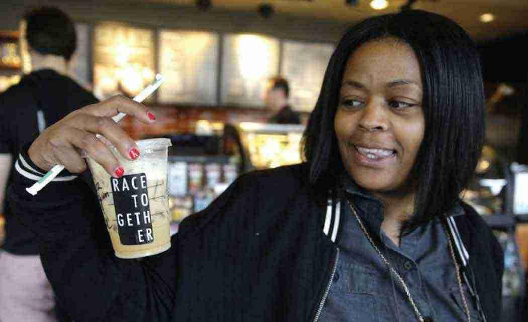 "Starbucks-baristas-stop-writing-""Race--Together""-on-cups-"