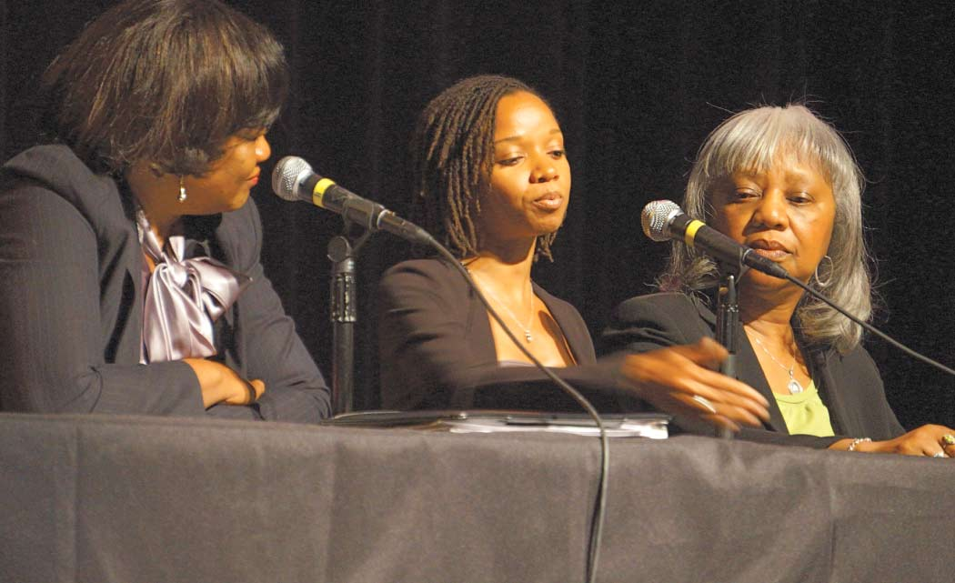 Women's-forum-tackles-wealth-gap-and-colorism