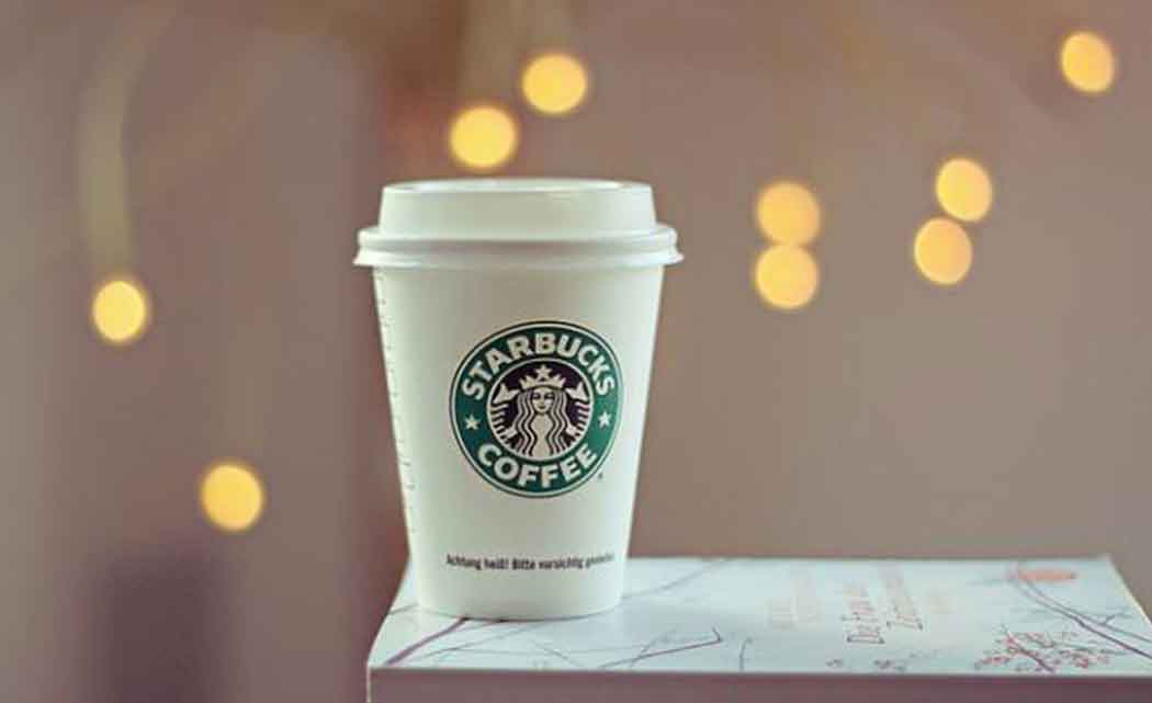 Starbucks-extracts-more-money-with-pricier-drinks,-food