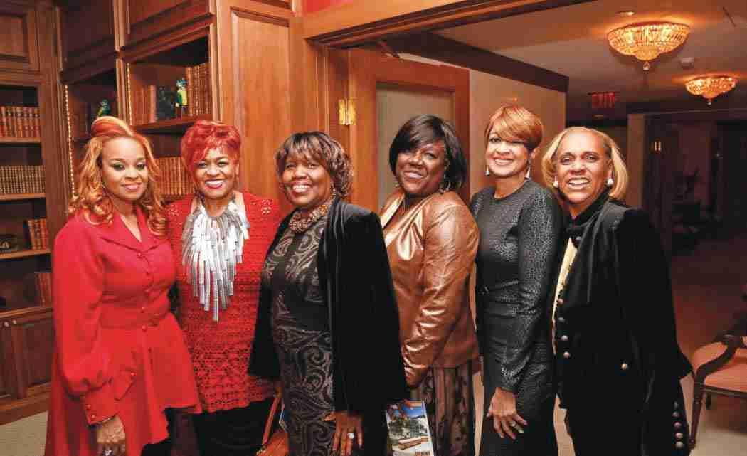 The-Clark-Sisters-raise-a-joyful-noise