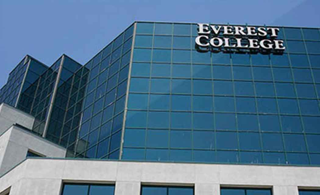 everest-college