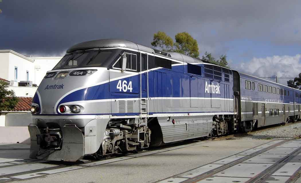 Amtrak_surfliner_santa_barbara