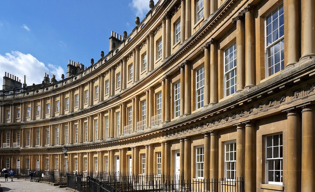 Georgian-architecture,-hot-springs-among-gems-in-Bath