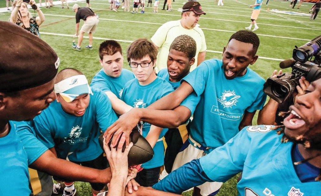 Miami-Dolphins-Management,-rookies-host-Special-Olympics