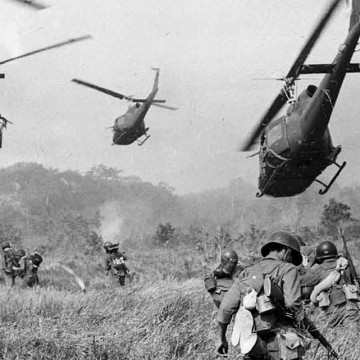 The-Vietnam-War-Helicopters