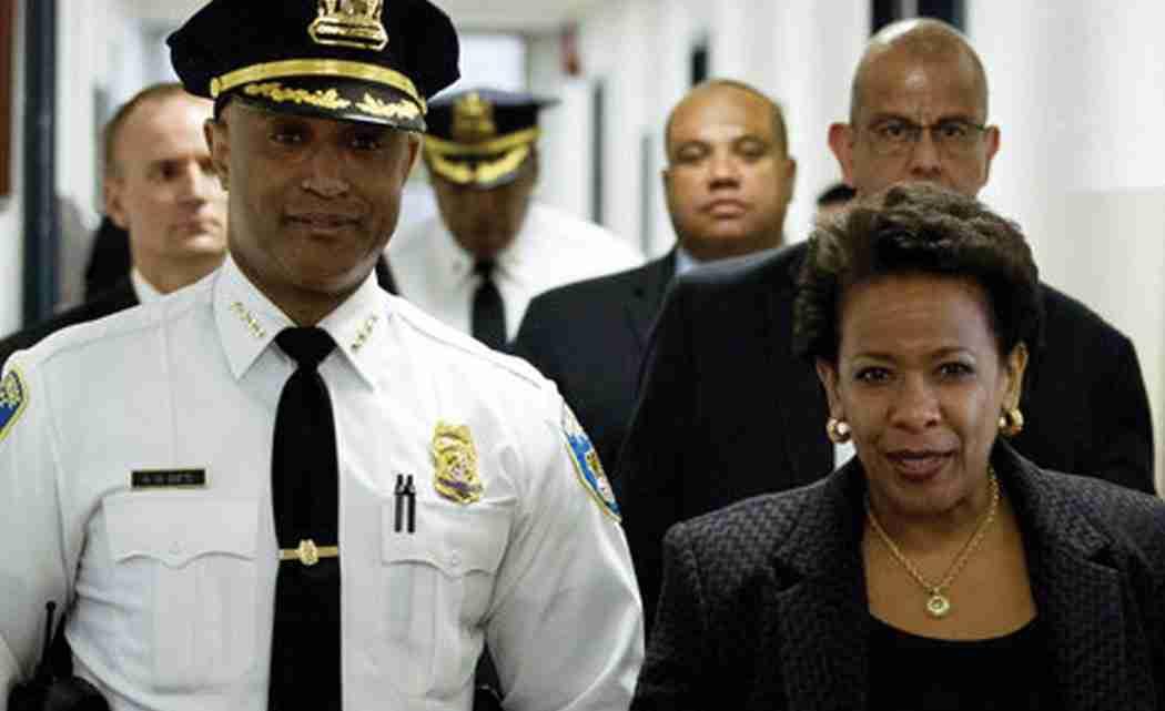 US-investigates-Baltimore-police
