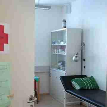 school-nurse-office