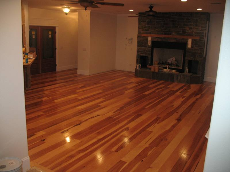 Hardwoof' floors