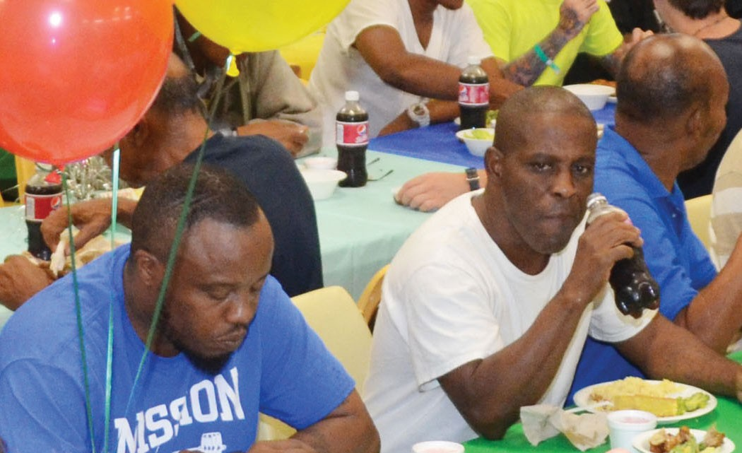 South-Florida-homeless-celebrate-their-birthday-with-huge-party