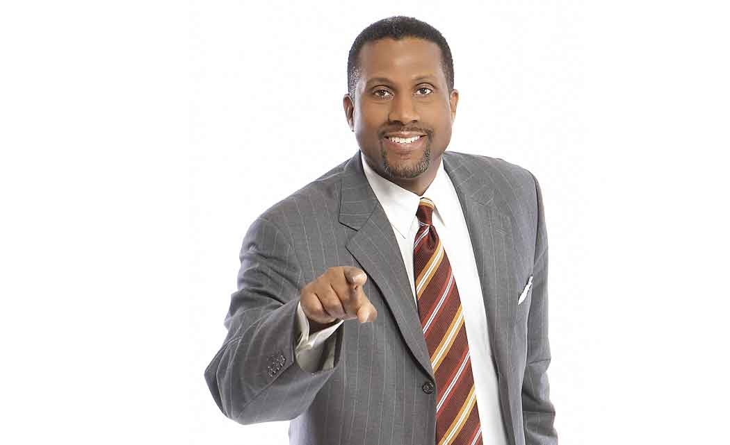 Tavis-Smiley-signs-up-for-the-South-Florida-Book-Festival-at-AARLCC