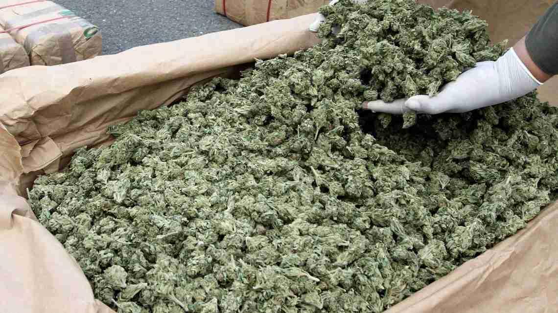 marijuana-packaging