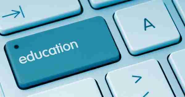 online-schools-graduate