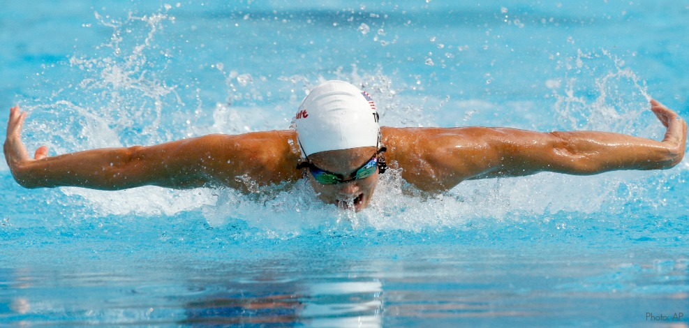 Dara Torres of the United States competes in a Women's 50m butterfly heat,  at the FINA Swimming World Championships, Friday, July 31, 2009, in Rome. (AP Photo/Michael Sohn)