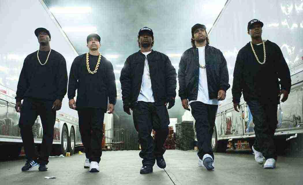 'Straight-Outta-Compton'-stays-true-to-life-in-urban-America