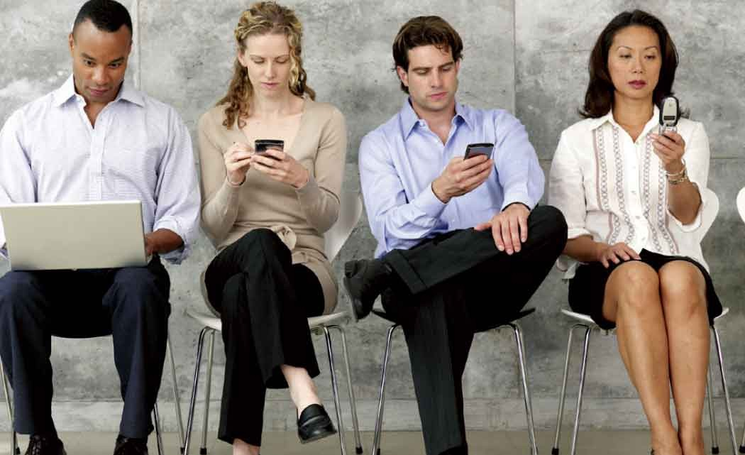 Blacks,-Hispanics---no-lag-on-tech-use-