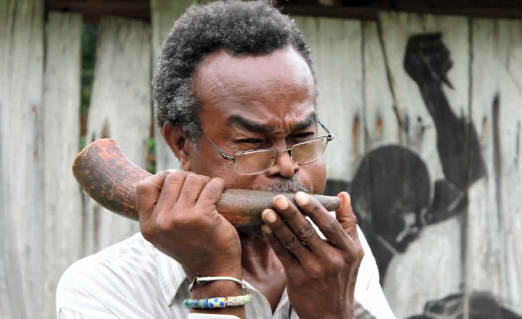 Jamaican-Maroon-leader-Frank-Lumsden-dies-at-73-