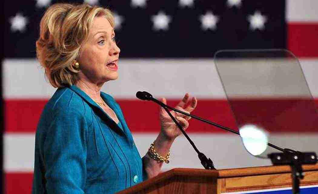 _Taking-on-Bush-and-Rubio,-Clinton-calls-for-Cuba-embargo-end-