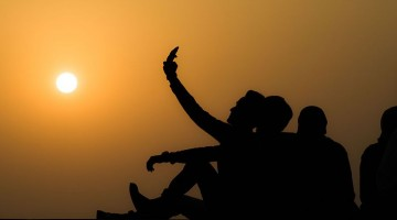 group_selfie_-_sunset