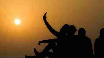 group_selfie_-_sunset