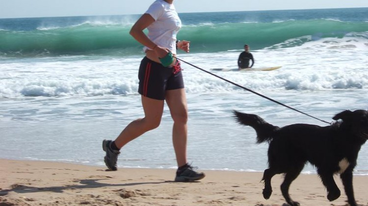 jogging_with_dog_at_carcavelos_beach