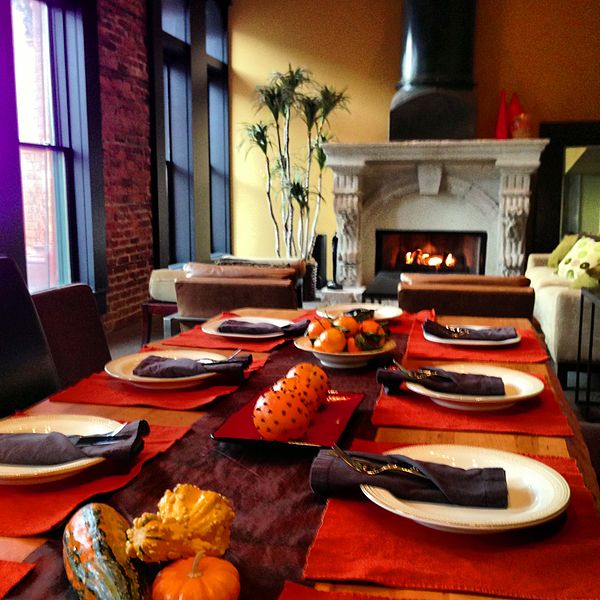 thanksgiving_table