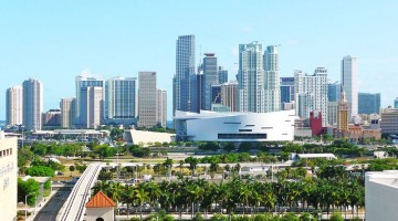 800px-central_downtown_miami_20090513
