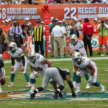 miami_dolphins_offensive_line_-_miami_dolphins_vs_oakland_raiders_2012