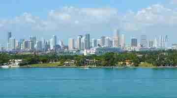 800px-Miami_skyline_20080328